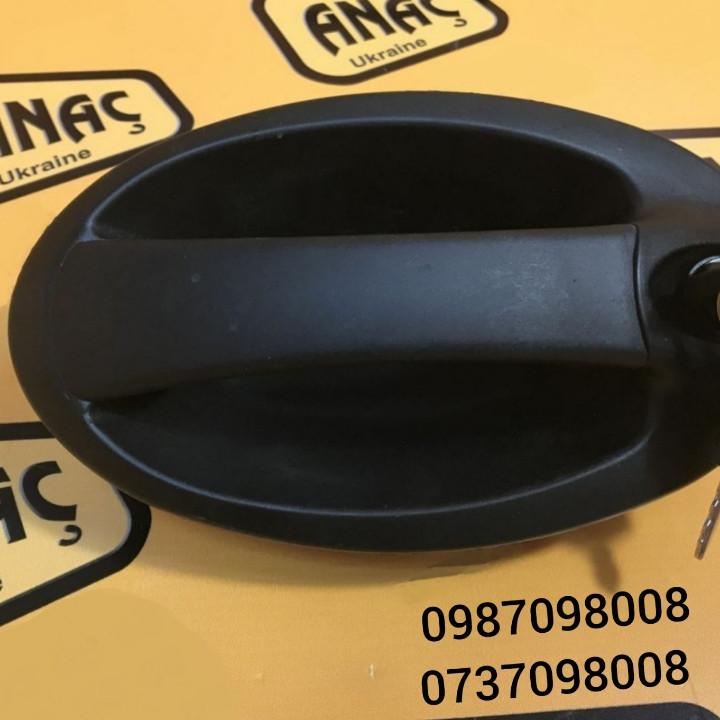 Ручка для открытия двери левая на JCB 3CX 4CX номер : 331/3179, 331/43118, 332/А3731