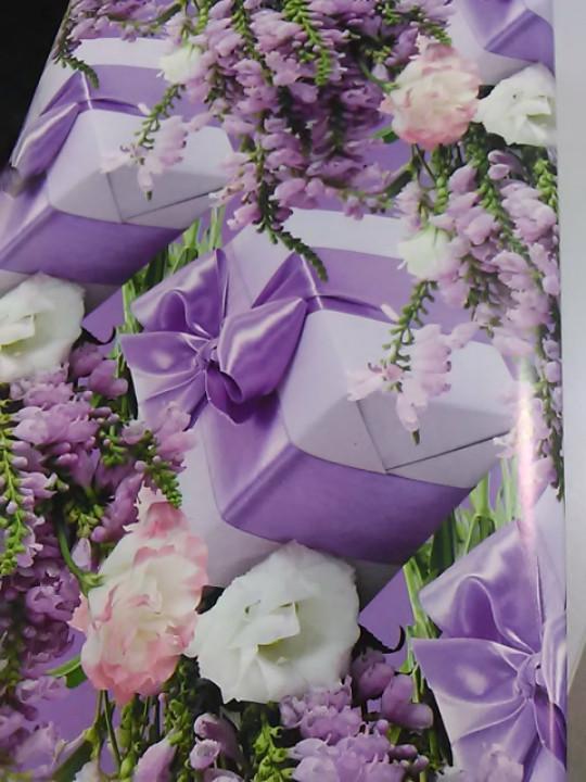 Подарочная коробочка сиреневая с рисунком цветы