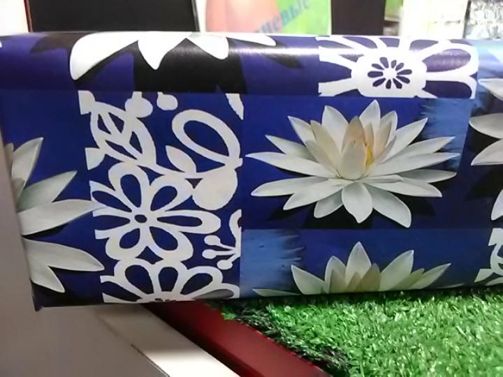 Подарочная коробочка синяя с цветами