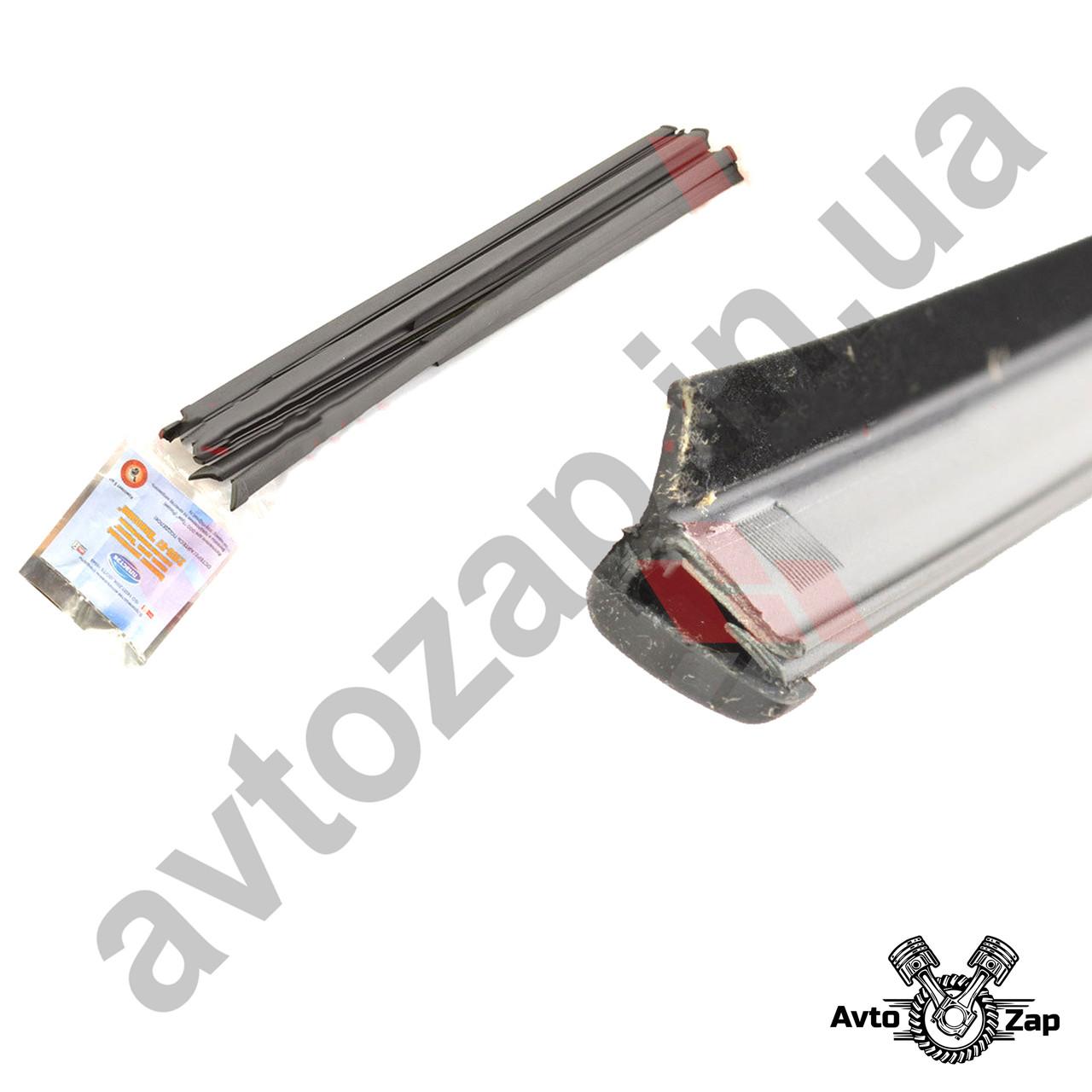 """Уплотнитель опускного стекла двери ВАЗ 2104,2105,2107 горизонтальный ,литые наконечники (к-т 8 шт.) """"бархатка"""""""
