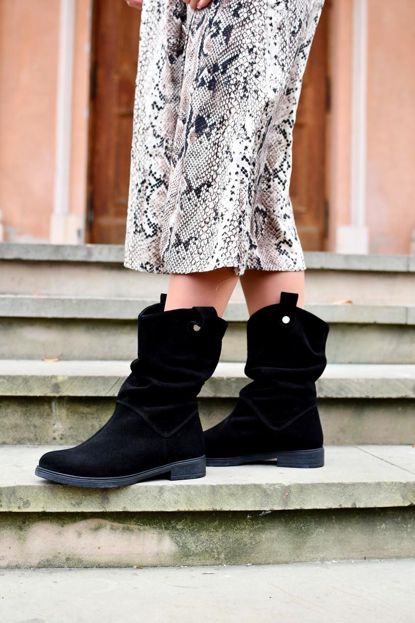 """Ботинки """" Нора """"  Черные. Осенние. Натуральный Замш."""