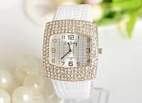 Наручные часы женские с белым ремешком код 111