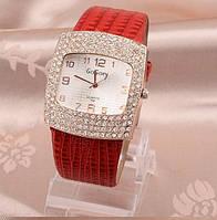 Наручные часы женские с красным ремешком код 111