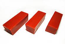 Цветной красный пчелиный воск для изготовления свечей, росписи писанок. Цена за 100 грамм.