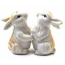 Набор солонка с перечницей Кролики