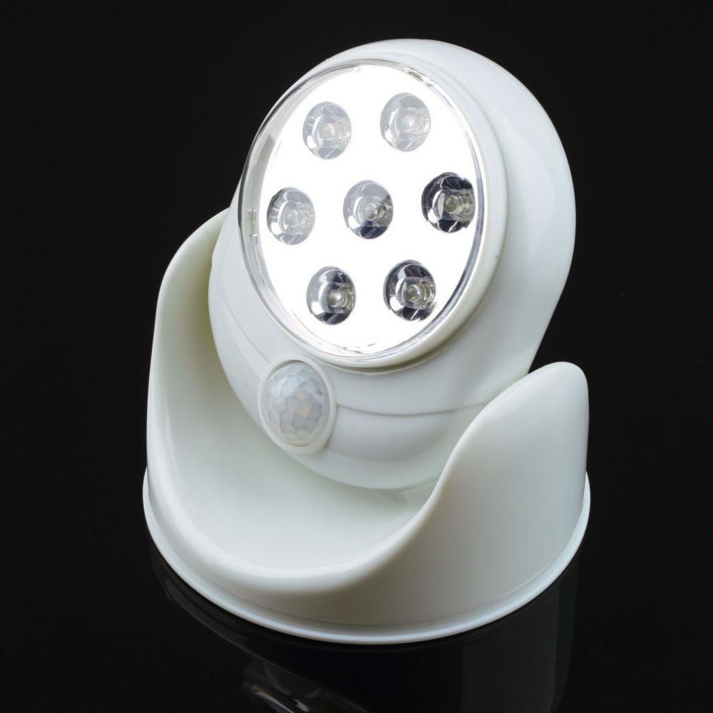 Сенсорный светильник с датчиком движения Light Angel, 7 мощных LED диодов, на батарейках, мини прожектор