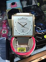 Жіночий кварцовий наручний годинник Alberto Kavallі з датою