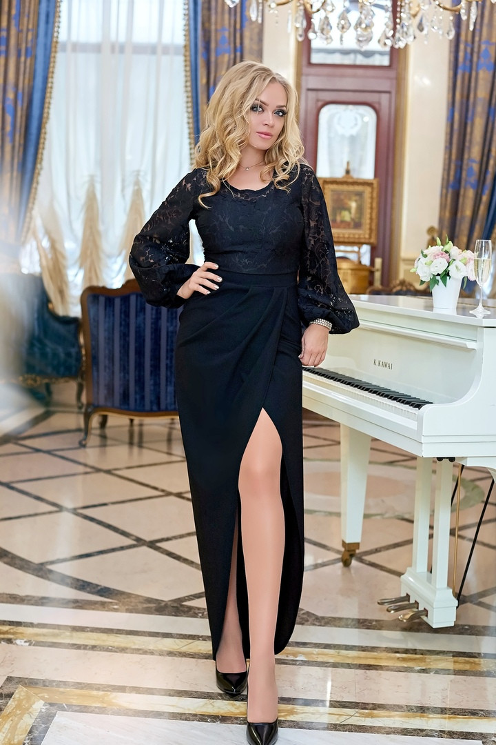 """Вечернее приталенное платье """"Madonna"""" с рукавом-фонариком (большие размеры)"""