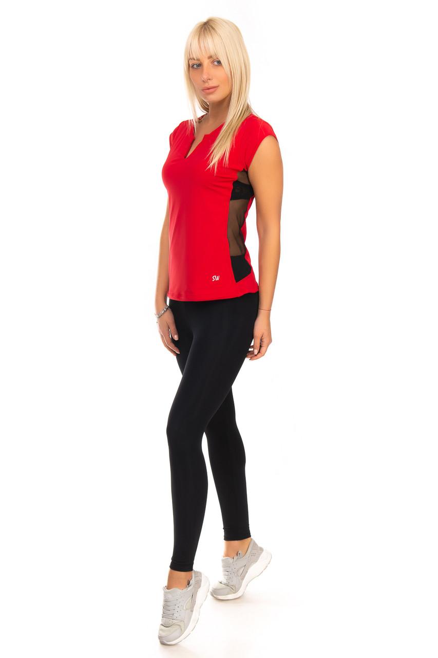 Красная спортивная футболка с сеткой и V образным вырезом