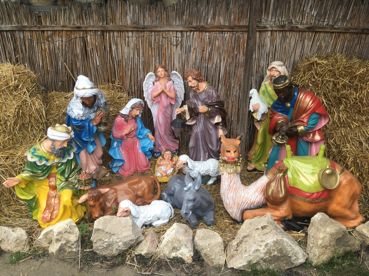 Рождественский вертеп в романском соборе (фото)   Кадр дня   DW ...   960x1280
