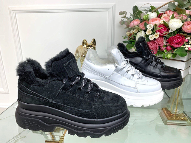 Зимние кроссовки натуральные