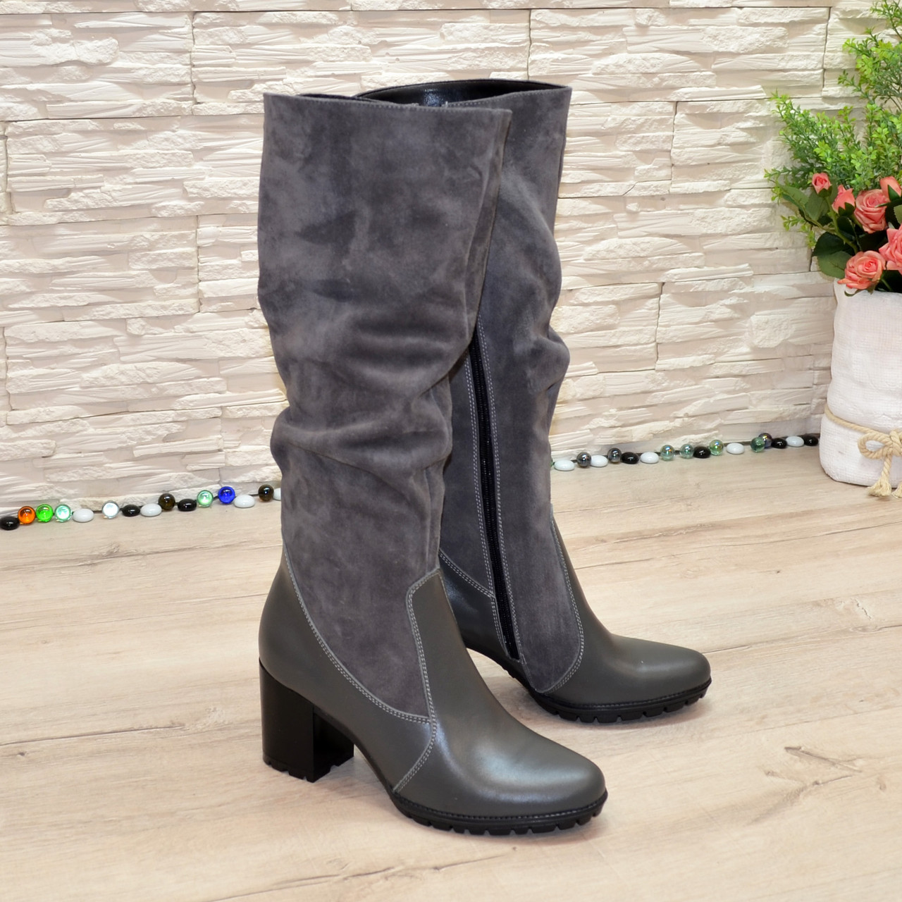 Сапоги женские комбинированные  на устойчивом каблуке, цвет серый