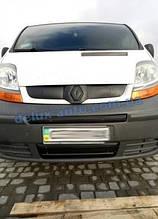 Зимняя матовая средняя накладка на решетку (сверху номера) на Renault Trafic 2001-2007 гг.