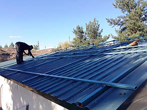 Монтаж систем креплений под ФЭМ на крыше.