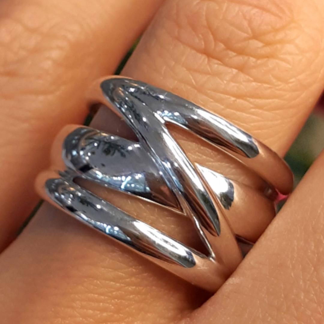Серебряное кольцо без камней - Стильное серебряное кольцо