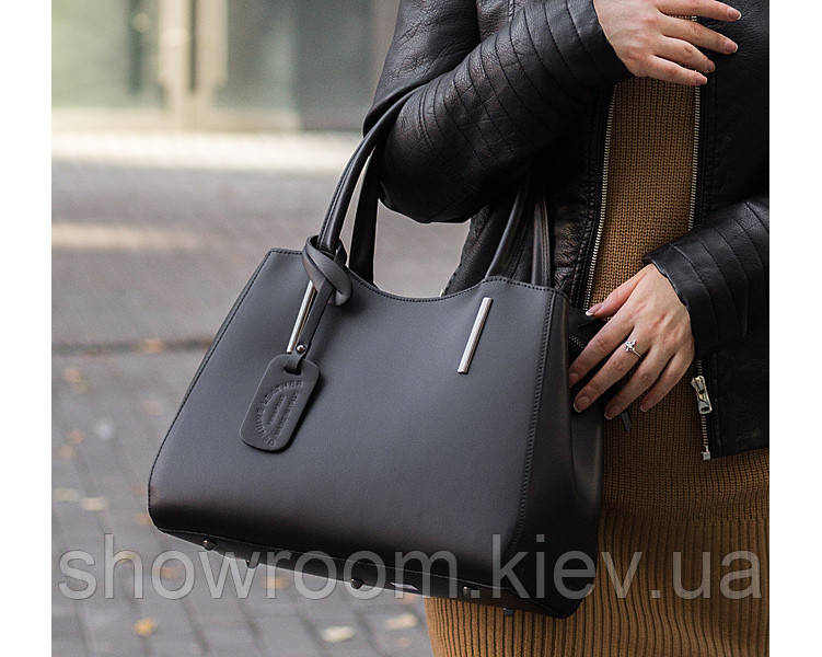 Деловая кожаная женская сумка Laura Biaggi (565) черная