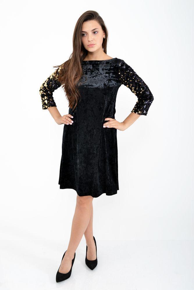 Красивое черное платье с пайетками на рукавах