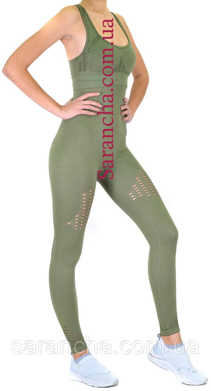 Женский спортивный комплект оливкового цвета
