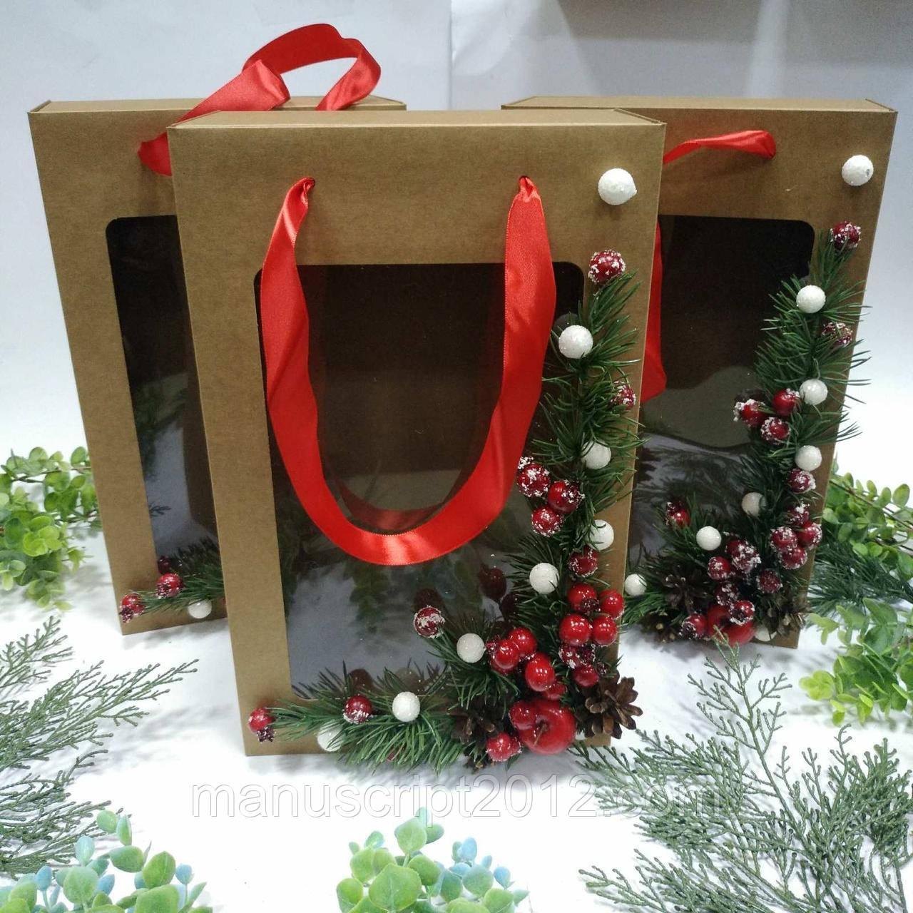 Коробка подарункова з пакетом 350х210х100 мм. з декором