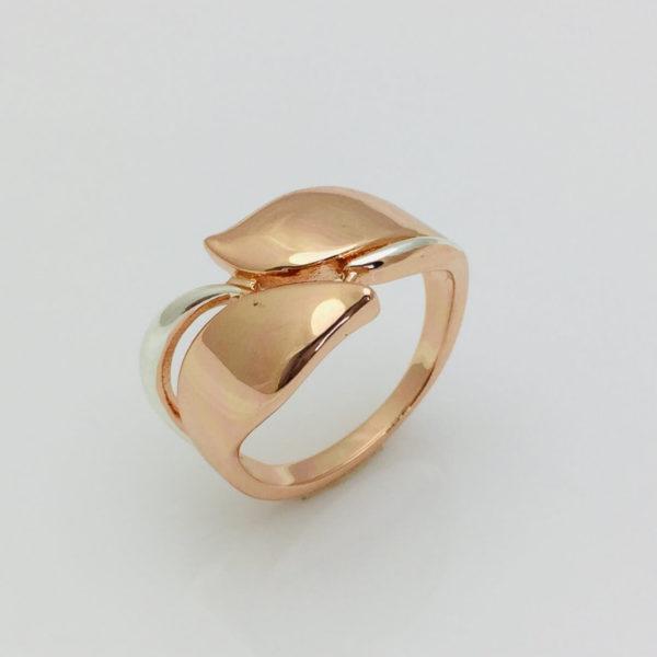 Кольцо женское Два листочка, размер 17, 18, 20, 21, 22