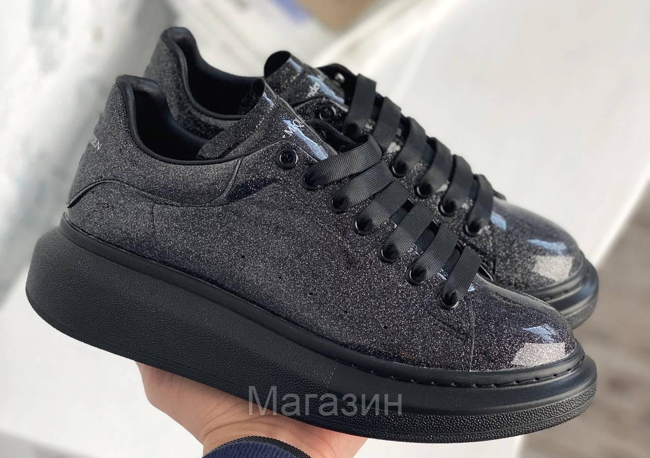 Женские кроссовки Alexander McQueen Oversized Black Space Galaxy Лакированные Александр Маккуин черные