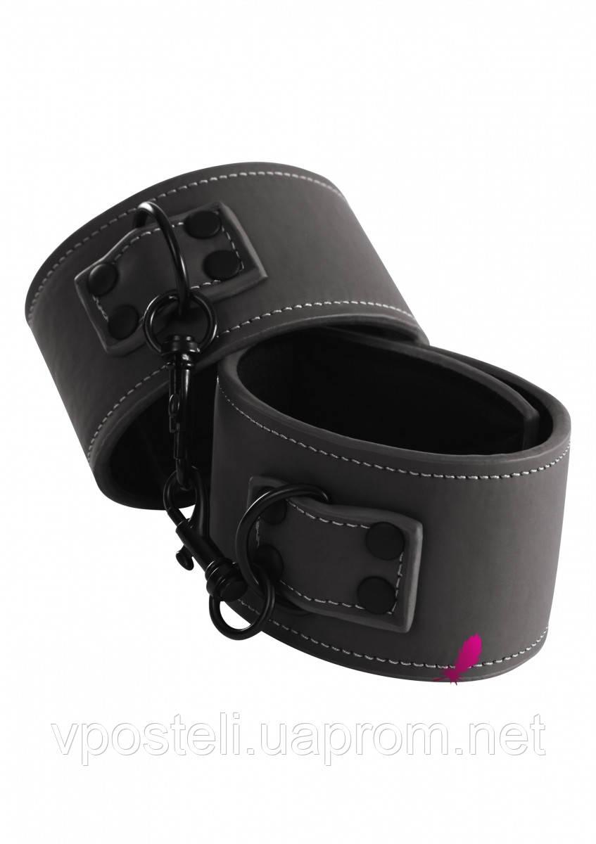 Наручники NS Novelties Renegade Wrist Cuff