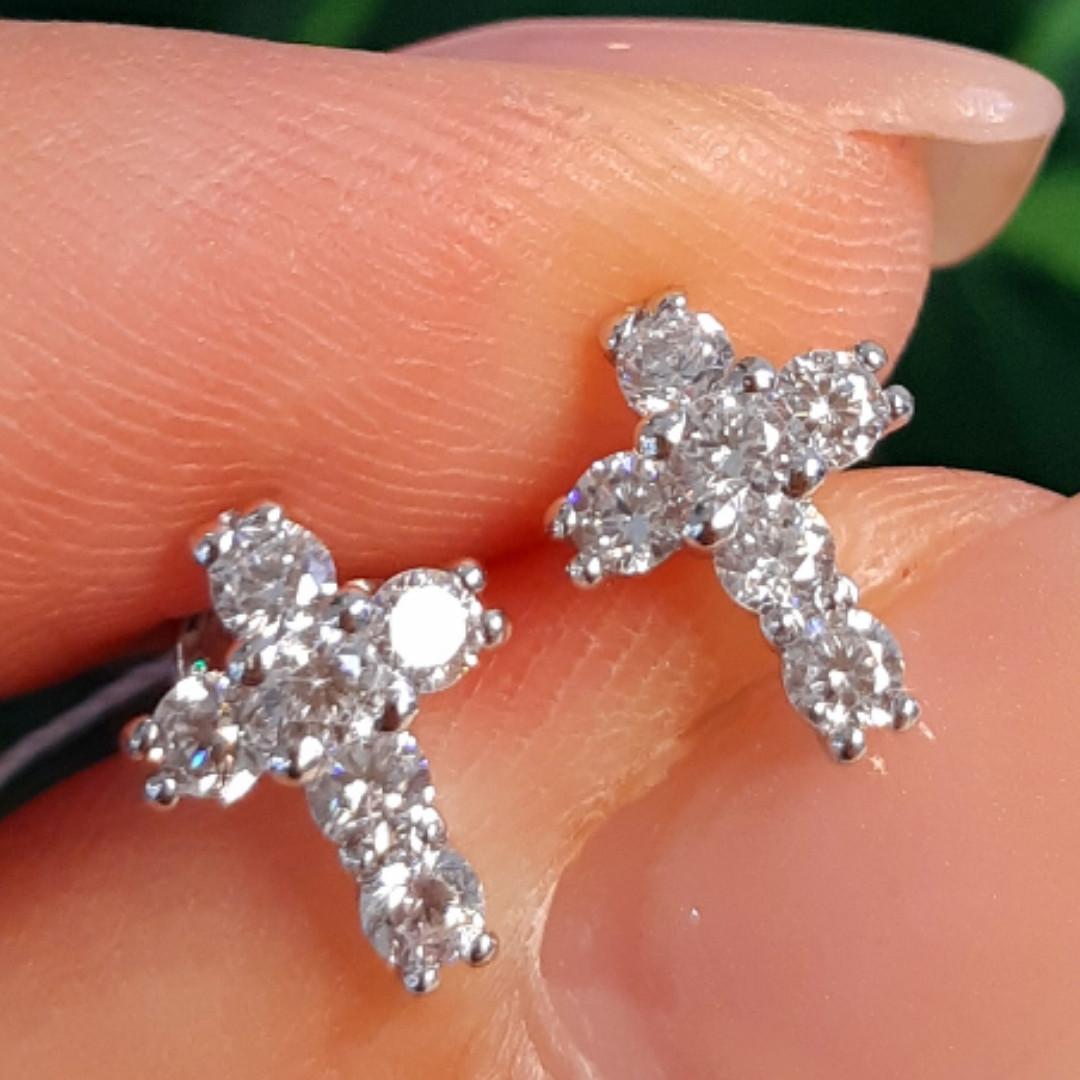 Серебряные серьги-гвоздики Крестики с фианитами