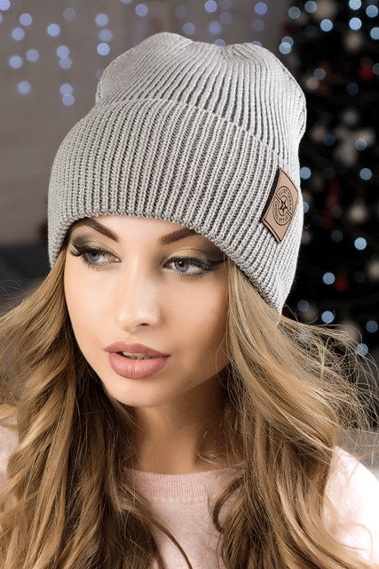 Модная женская шапка Челси серая