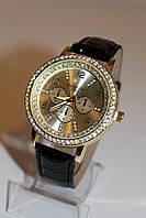 Женские часы ремешок черный