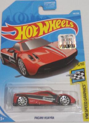Машинка Hot Wheels 2019 Pagani Huayra