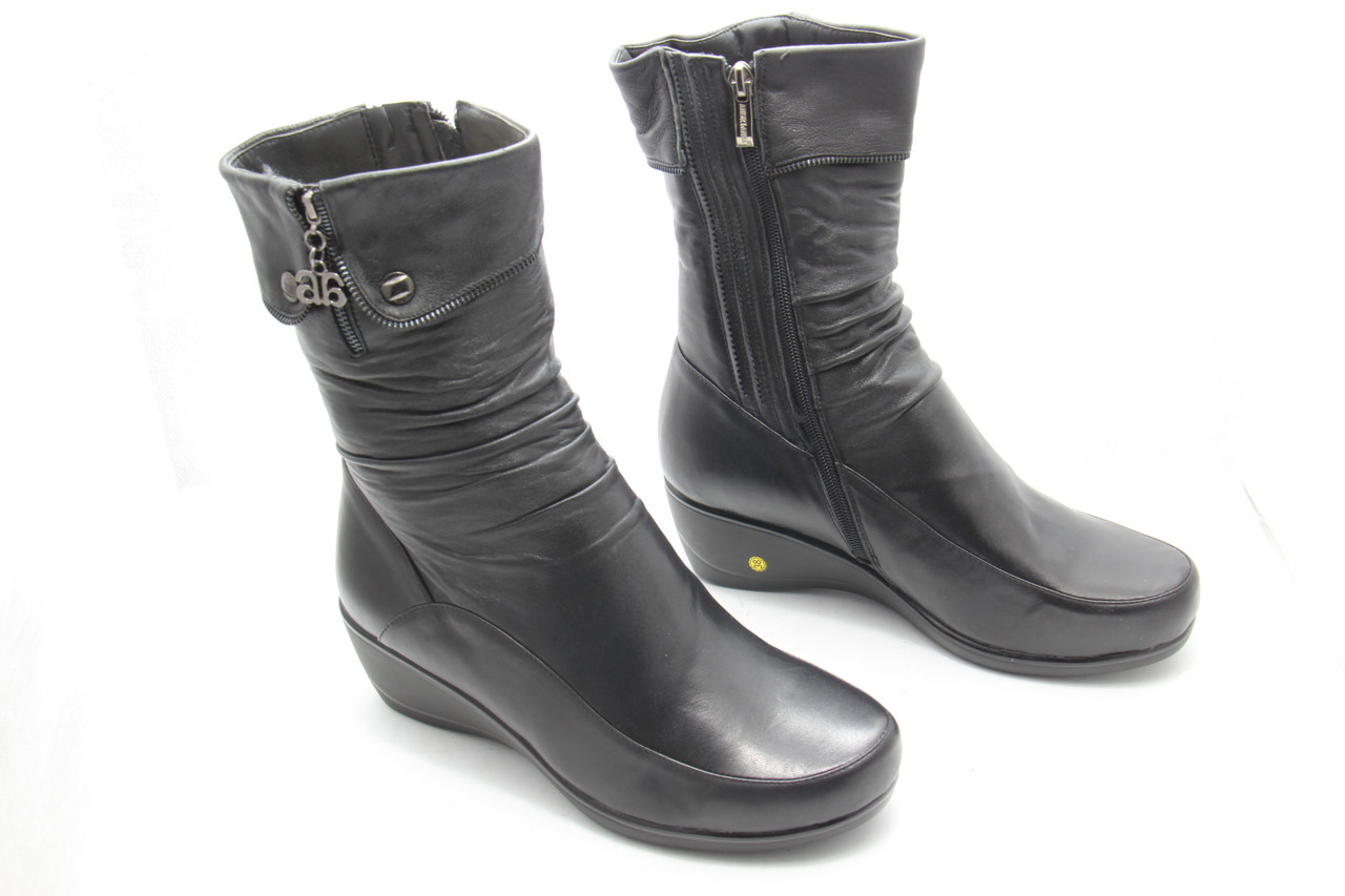 Кожаные зимние ботинки натуральный мех M874