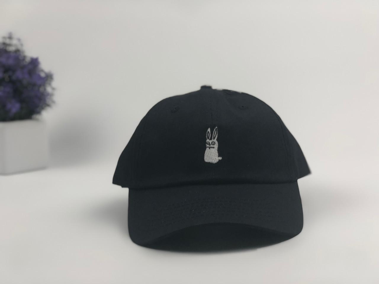 Кепка бейсболка Заяц (черная)