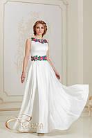 Сукня з вишивкою ліліями та трояндами
