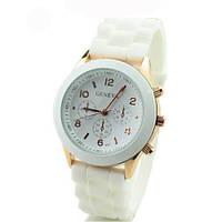 Стильные модные женские часы GENEVA Luxury ,белые