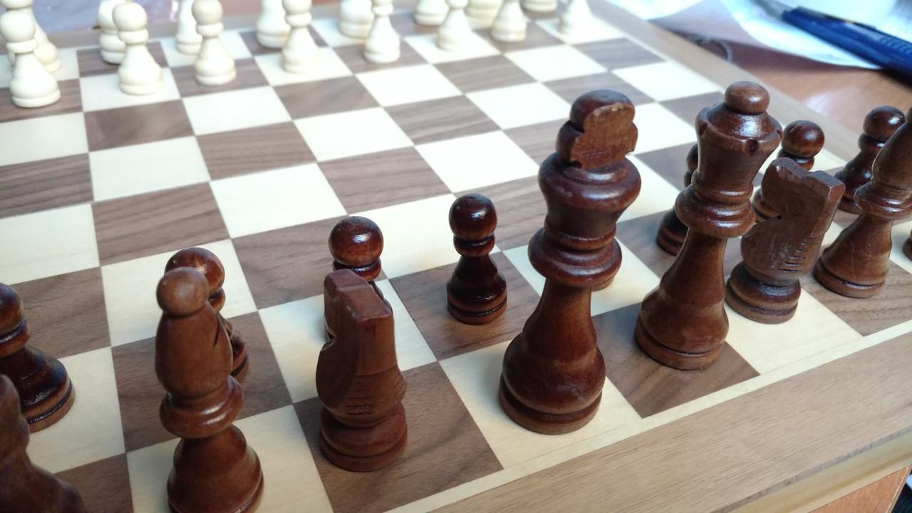 Шахматы деревянные 40 х 40 см
