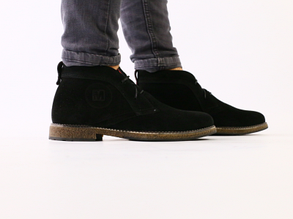 Зимние черные замшевые ботинки