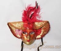 Венецианская маска с пером, красная