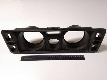 Щиток панели приборов ВАЗ 2105  Сызрань голый