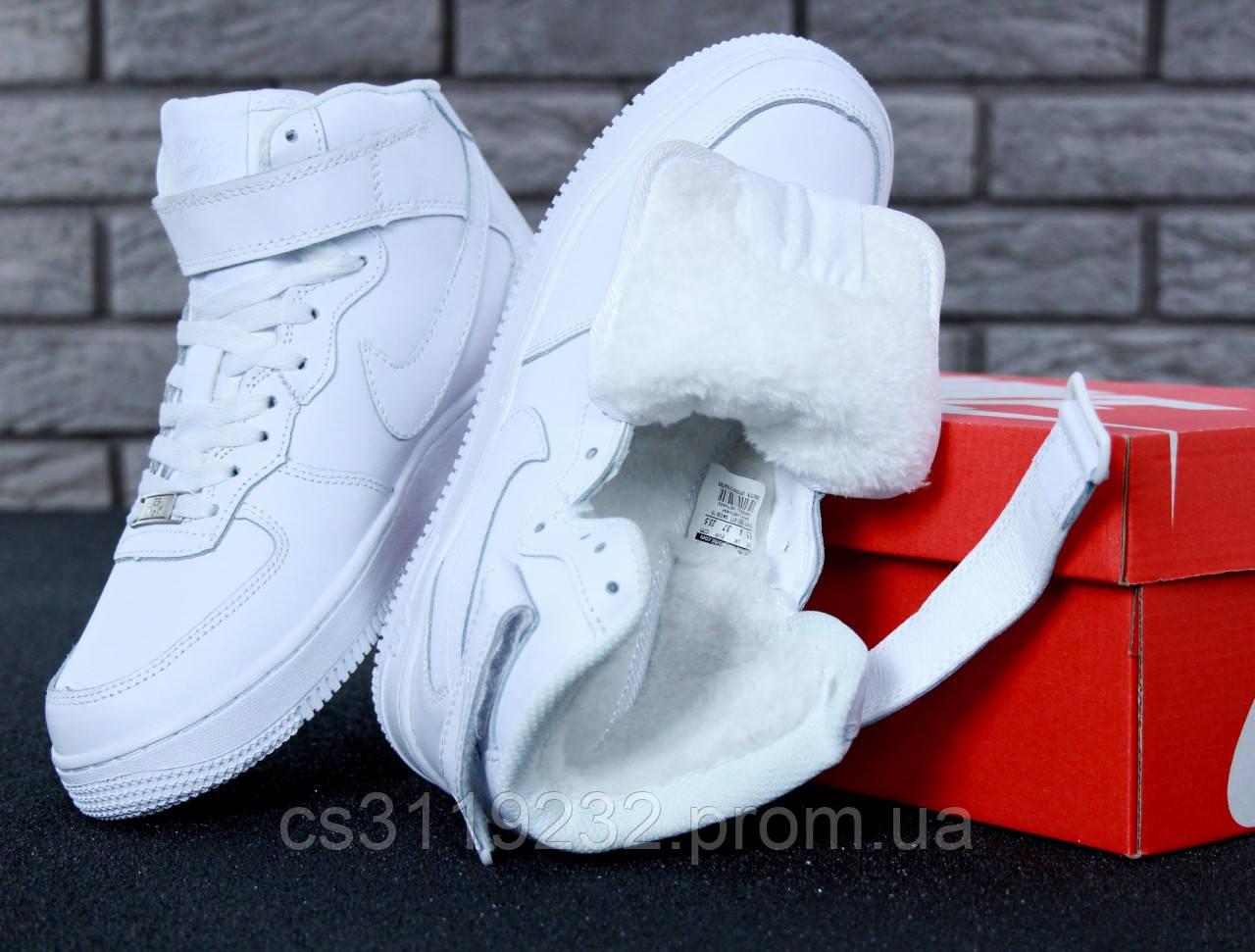 Жіночі кросівки Nike Air Force (хутро) (білі)