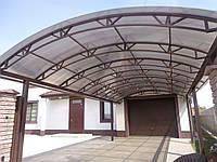 Кованый металлический навес из поликарбоната