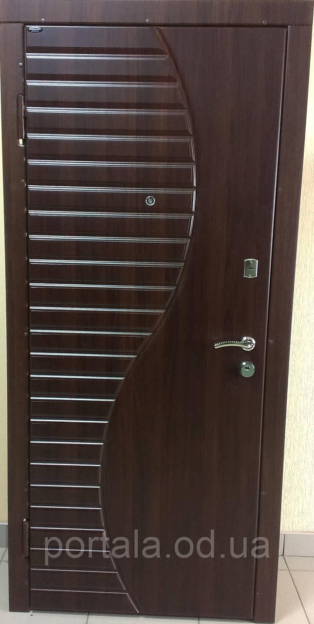 """Вхідні двері для вулиці """"Портала"""" (Комфорт Vinorit) ― модель Хвиля"""
