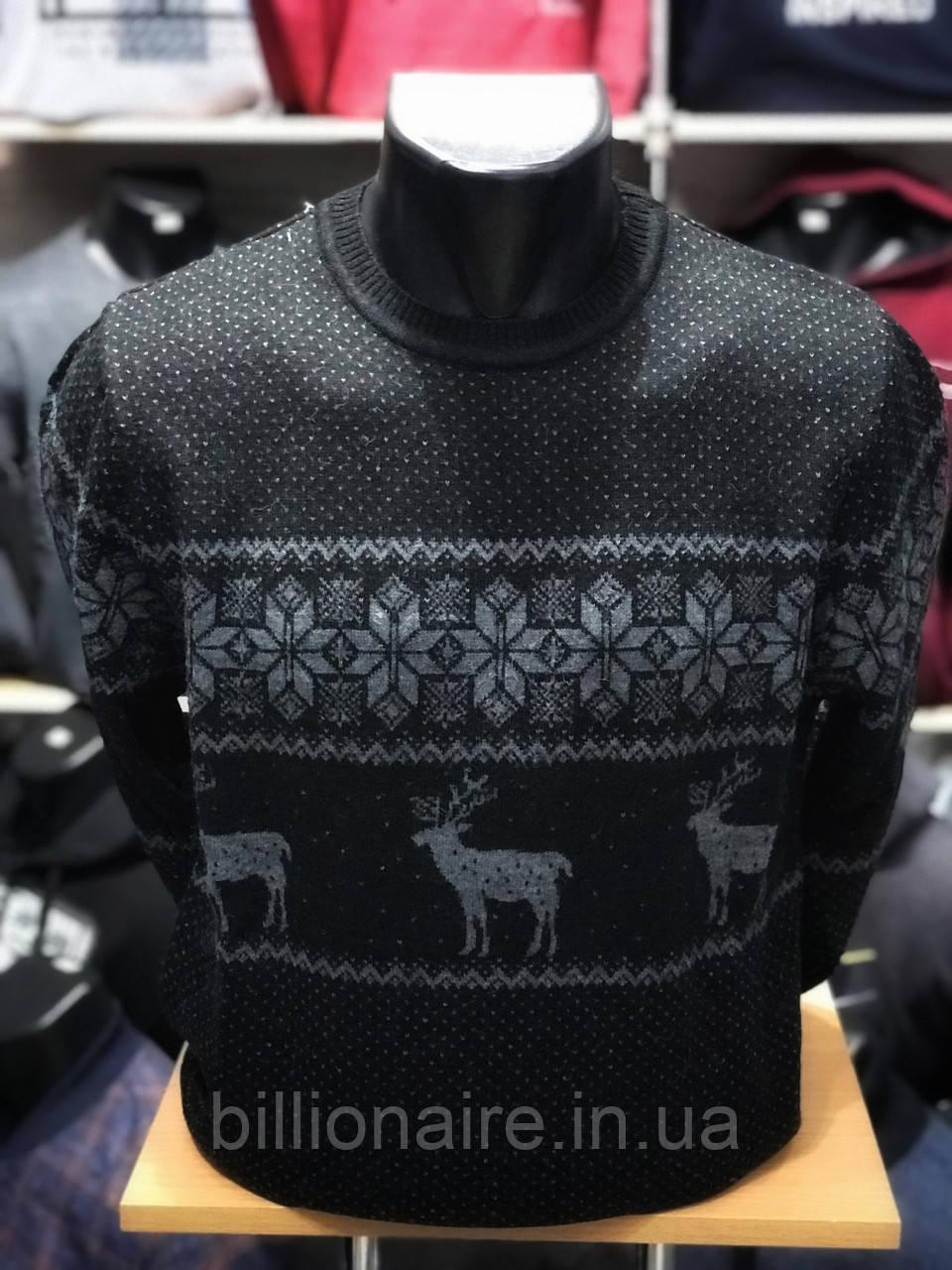 Новорічний светр з оленями
