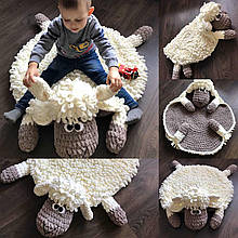 Мягкий вязаный детский плюшевый коврик Баранчик Шон ручной работы.
