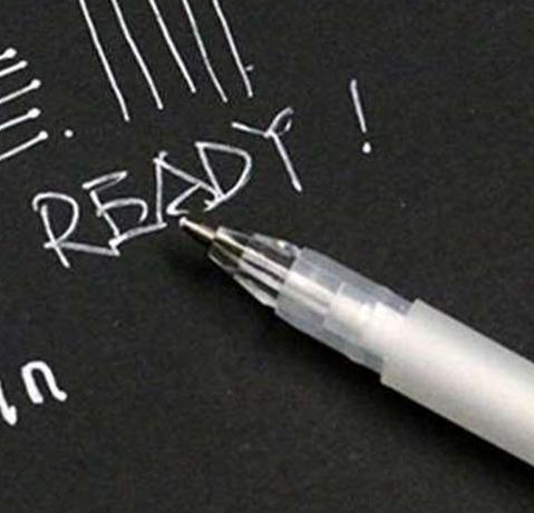 Ручка маркерна TOUCHNEW GG08 біла водорозчинна для темної тканини, шкіри