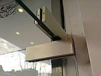 Регулировка и замена верхней петли стеклянной двери Киев