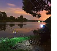 купить хороший налобный фонарь для рыбалки, фото