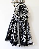 Модный теплый шарф палантин серого цвета