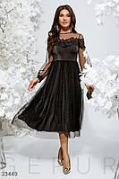 Нарядное блестящее платье миди с кружевом