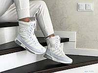 Женские зимние кроссовки белые Adidas 8531