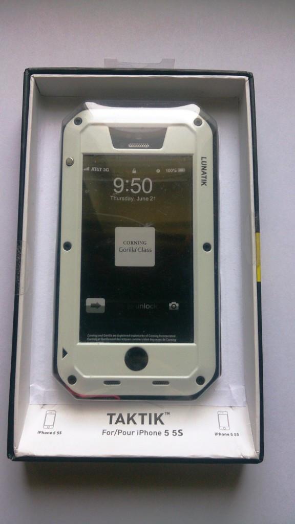 Чехол LUNATIK Taktik Extreme (White) для iPhone 5